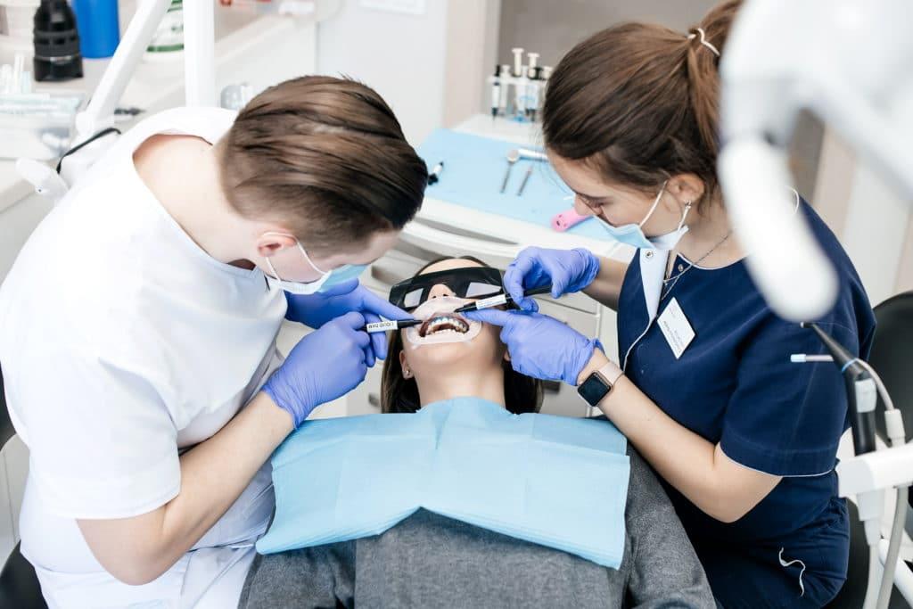 Имлантация зубов за 1 день. Мифы и реальность.