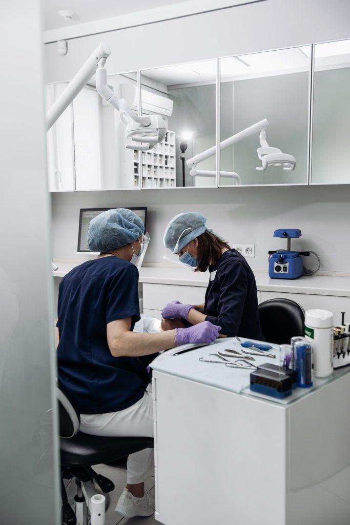 Гиалуроновая кислота в стоматологии
